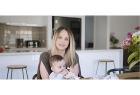 How a Baby Capsule make a mums life easier