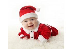 14 family traditions to start on baby's first Christmas